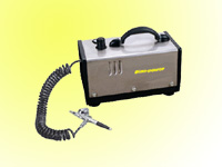 Mini.oil-free air compressor with airbrush kit